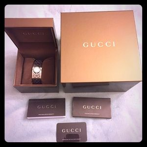 💯% Auth Gucci Twirl Small Diamonds Womens Watch